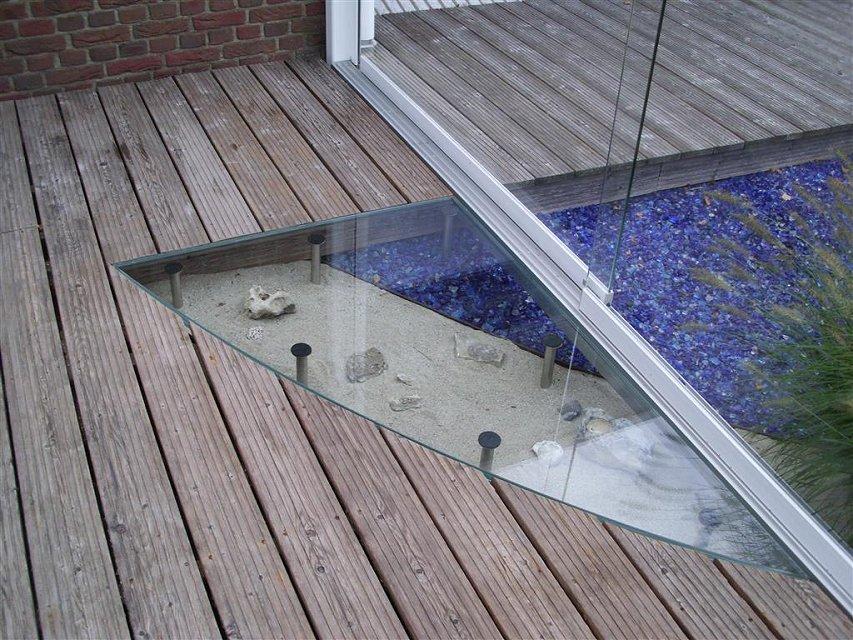 glas franzen glaserei flensburg balkonverglasung und terrassenschutz aus glas 090517. Black Bedroom Furniture Sets. Home Design Ideas